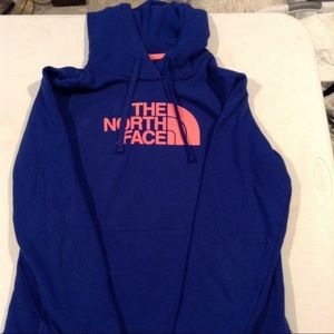 Women's North Face Hoodie size Medium